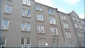 Spacious Central 1 Bedroomed Flat