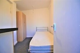 DOUBLE ROOMS AVALIABLE *DSS ACCEPTED* *NO DEPOSIT REQUIRED* *IMMEDIATE MOVE IN*