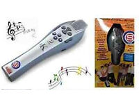 Easy Karaoke Groove Station Microphone - As new in box