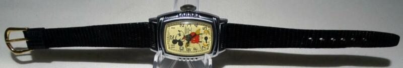 """EX! DISNEY 1939 INGERSOLL MICKEY MOUSE WRISTWATCH""""+KEEPS TIME+NEW """"LIZARD"""" BAND!"""