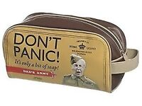 DADS ARMY DONT PANIC WASH BAG