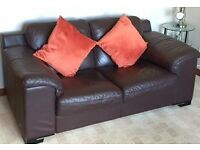 PAIR OF CHOCOLATE BROWN LEATHER TWO-SEATER SOFAS