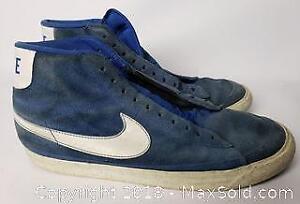 NIKE Vintage Blue Basketball Shoes