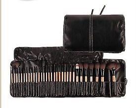 Wooden colour 32 Pcs Kabuki Make Up Brush Set with Cosmetic Brushes Case