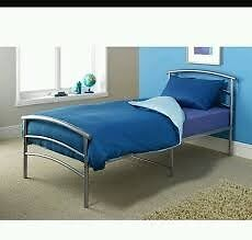 Small kids/Single Metal Bed Frame with Mattress