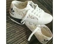Adidas trainers 4