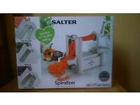 Salter Spiralizer BW04294 Multi-Purpose 3 Blade Fruit and Vegetable Spiralizer