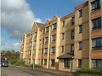 2 bed modern flat, South side, close to city centre