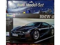 NEVER OPENED NEW IN THE BOX REVELL MODEL SET OF A B M W 1..24 SCALE