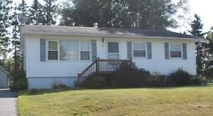 House for rent in Hampton *close to everything*
