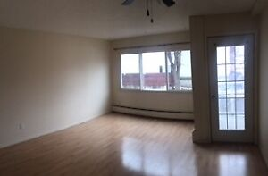 Dec. FREE! A huge 1 BEDROOM suite (Acadia) on Whyte ave.