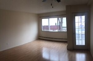 A very cozy 1 BEDROOM suite (Acadia) on Whyte ave.
