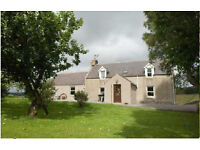 Spacious farmhouse (3 bedroom): Glenkindie, Alford