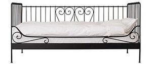 Beautiful feminine twin daybed for sale