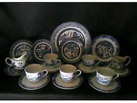 Various Old Willow Design Plates and Saucers Lovely for display or for use. £12 the lot