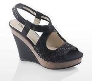 Bucco Shoes