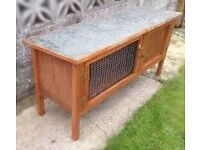 Well made Guinea Pig Hutch