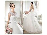 Beautiful Wedding Dress 249 GBP - size 8