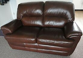 2 Seater Settee Excellent condition possible free local delivery St Annes/blackpool