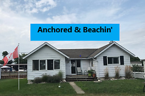 Long Point Cottage - Private Beach & Canal Access 40 ft Dock
