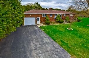 """370 John St. South, Aylmer   """"JUST LISTED"""" & Open House"""