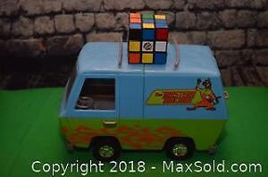 Vintage Toys - Rubiks Cube & Scooby Doo Mystery Machine