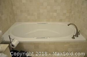 Jacuzzi Style Tub with Faucet. C