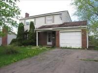 Large  2 Storey, 4 Bedroom Family Home in Riverview***