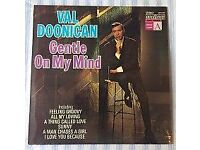"""Val Doonican 'Gentle On My Mind' 12"""" VINYL LP, £5 ONO"""