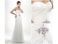 wedding dress - designer: enzoani