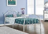 *METAL SINGLE COMPLETE BED ON SPECIAL FOR 149$*