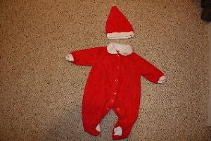 Size 14 lb (small) santa suit. Kingston Kingston Area image 1