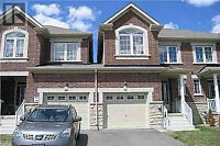 Brand new town house Richmond hill for rent Bathurst and gamble
