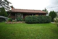 WHITBY BUNGALOW ON COUNTRY LOT