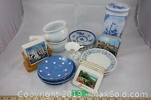 Kitchenware lot 1 - saucers, coasters, tin and more A