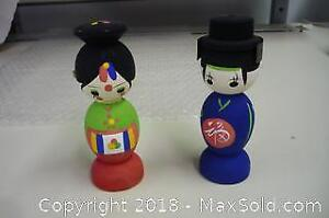 Pair of wooden hand painted Japanese ornaments. -B