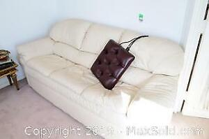 Pull-Out Leather Couch - C
