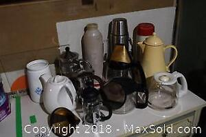 Coffee Pots and Carafes - A