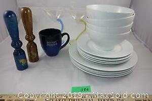 Kitchen lot 7 - dining set for 4 and other items A