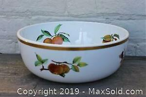 Royal Worcester Evesham, Large Salad Bowl