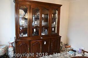 Meubles Strathroy Furniture China Cabinet C