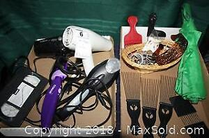 Hairdryers, Straightener And Combs - A