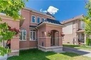 Beautiful 2-Storey Linked Home In A High Demand, Desirable Commu