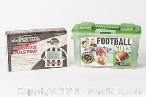 Excalibur Electronics ABC Sports Master Trivia Machine and Football Guys Playset