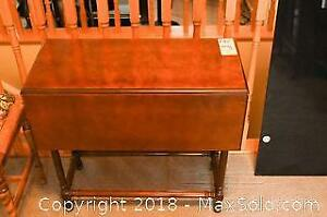 Drop Leaf Side Table A