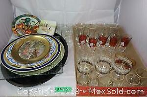 Assorted kitchenware lot 6 - Glasses and trays A