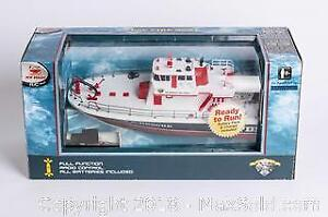 FDSF Fire Boat Full Function Radio Control 17 inches