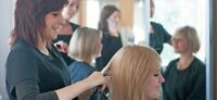 Women`s Exclusive Salon hiring EXPERIENCED female hairstylist