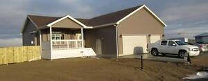 Available Now 3 Bedroom, 2 Bathroom House for Rent.