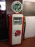 antique gaz pump
